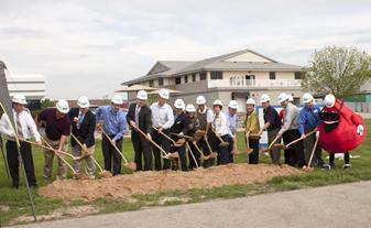 Community Blood Center Breaks Ground